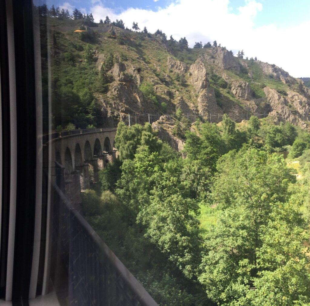 Train journey from Nimes to Clermont-Ferrand