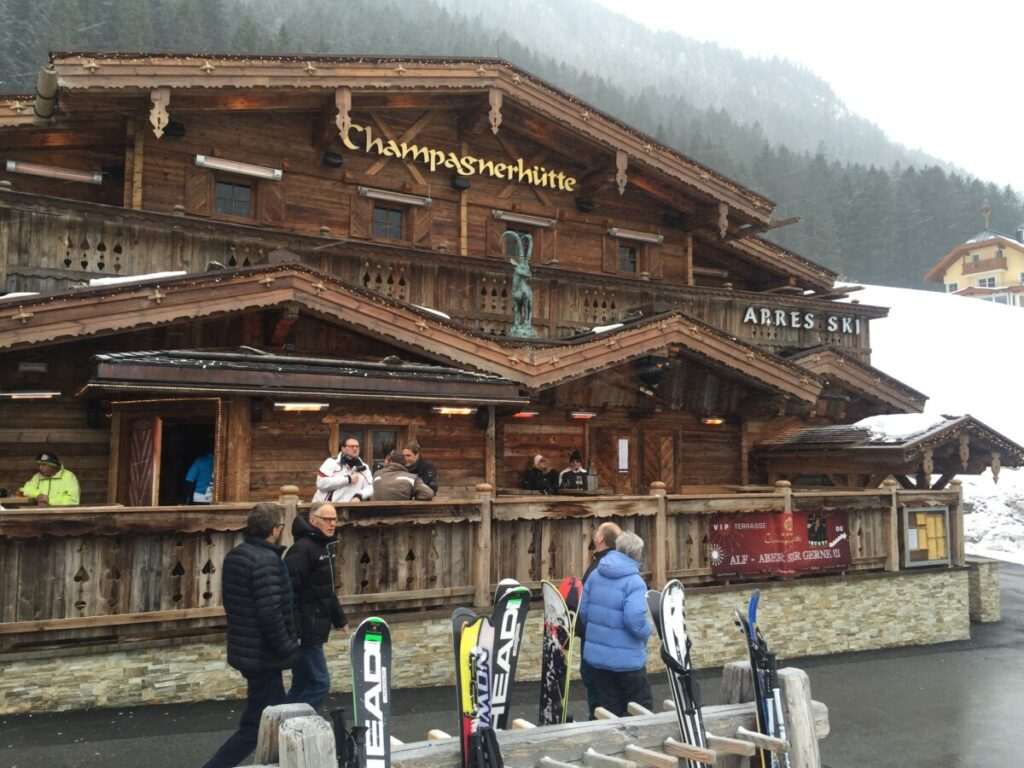 Champagnerhütte in Ischgl