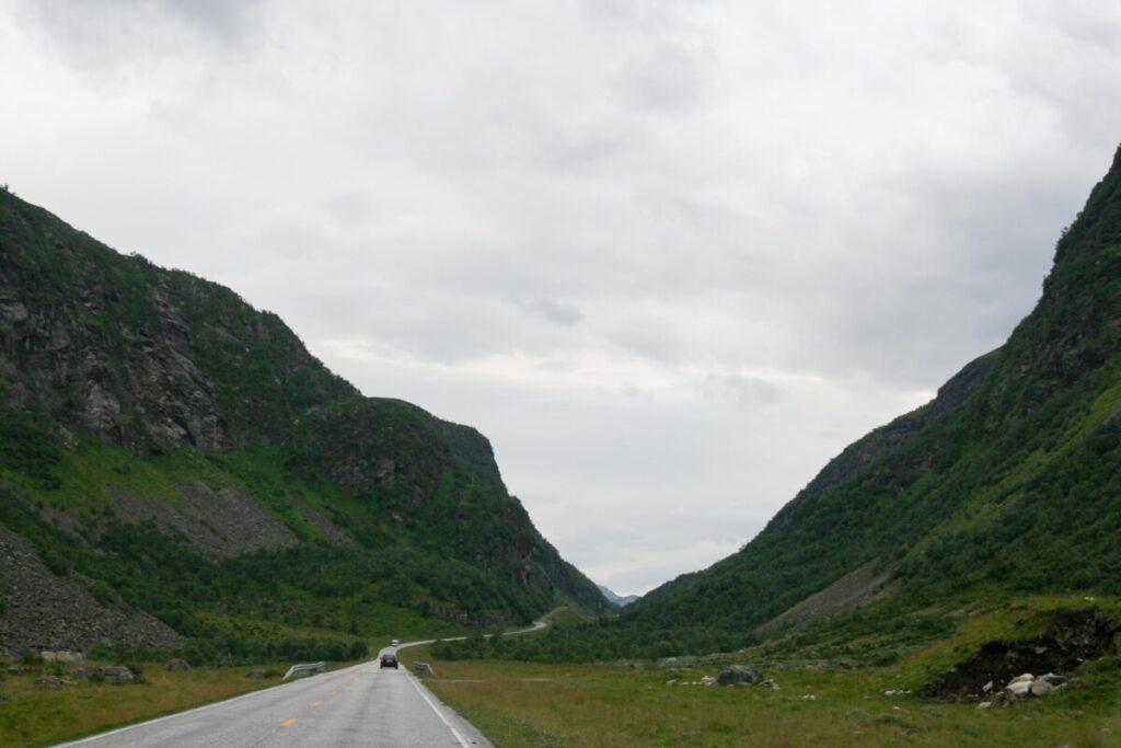 Veien mellom Trollstigen og Geiranger