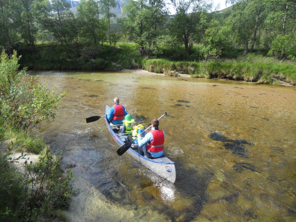 Kanopadling på Atna-elva