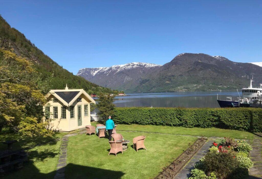 Utsikt mot fjorden fra Walaker hotel